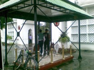 23092009_Bangabhaban_Gate_photo_Ranadipam_Basu