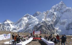 Nepales cabinate meeting on the mount everest